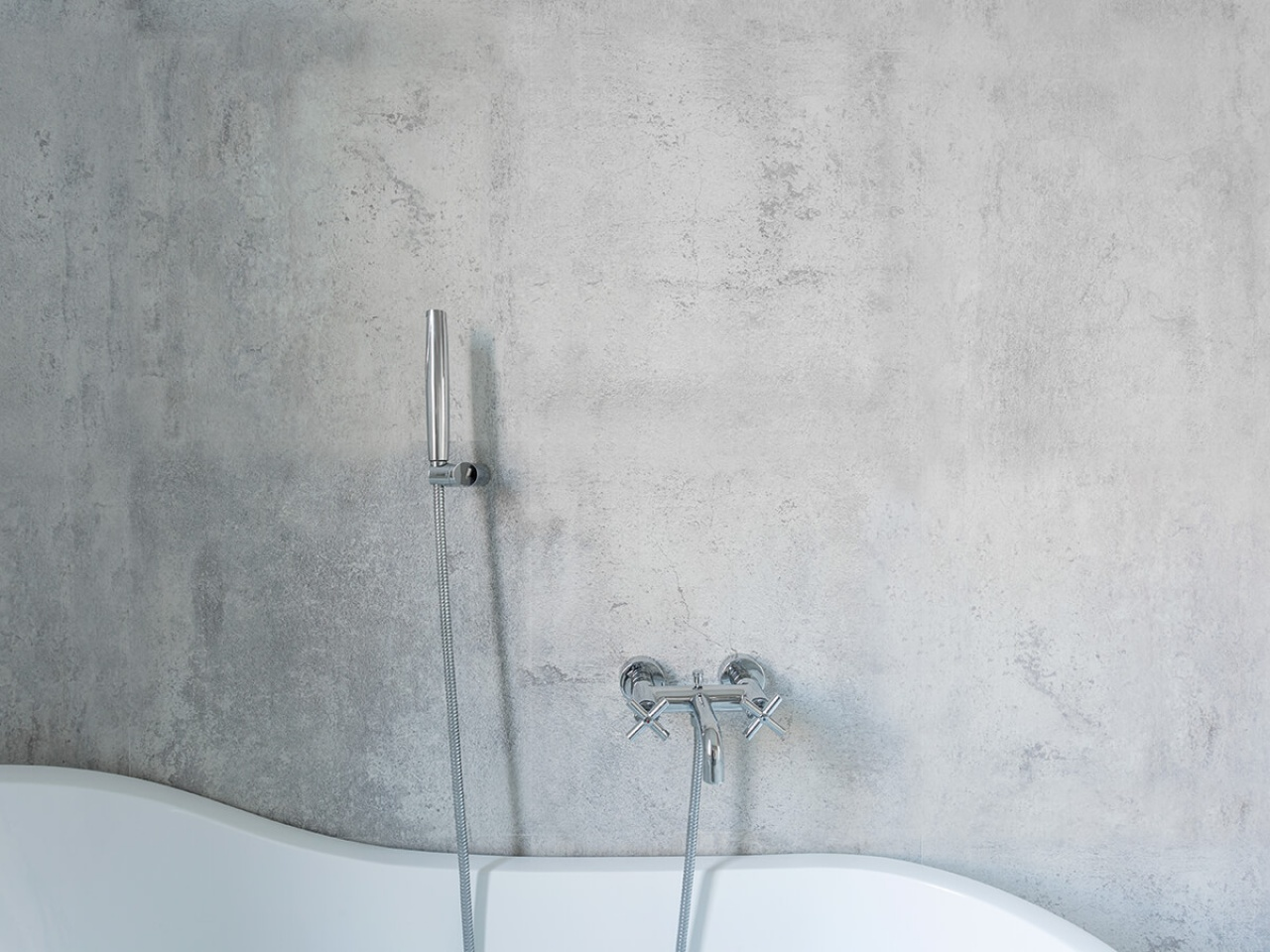 Creative solutions for bathroom walls